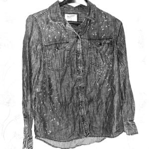 Jeans shirt with cool paint designs